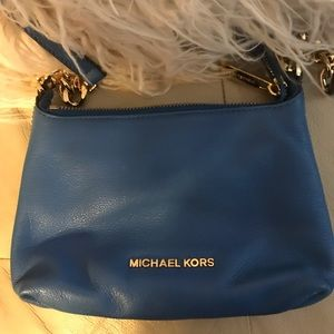 Blue Michael crossbody with leather and gold chain